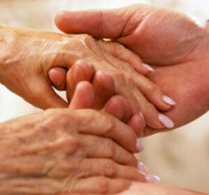 La enfermedad de Parkinson es una enfermedad crónica caracterizada principalmente por una pérdida progresiva de la capacidad de coordinar los movimientos